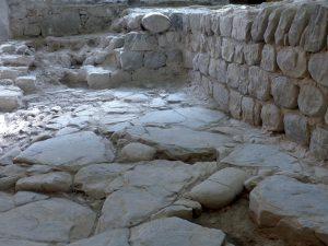 Aulla, la base della torre rinvenuta in San Caprasio databile tra il VI e l' XI secolo