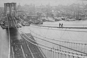 Il ponte di Brooklyn in costruzione