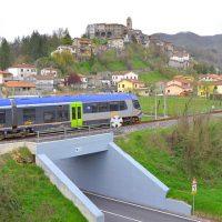 La protesta dei pendolari della linea ferroviaria Aulla-Lucca