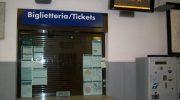 No alla chiusura delle biglietterie delle stazioni di Aulla e Pontremoli