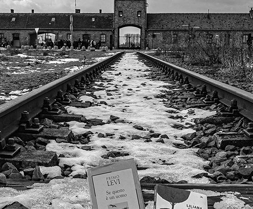 Le rotaie che portano ad Auschwitz