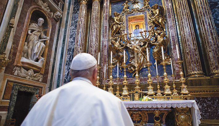 Papa Francesco pellegrino per invocare la fine della pandemia