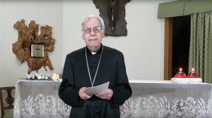 Un'immagine tratta dal nuovo video di mons. Santucci disponibile sul sito internet della diocesi
