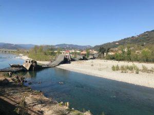 Il ponte della Bettola crollato ad Albiano Magra