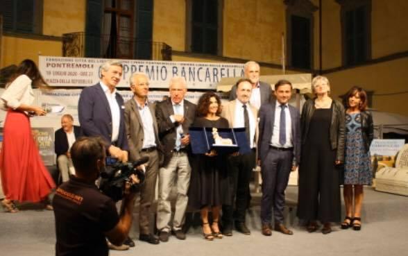 """""""Le verità sepolte"""" si aggiudica il 68° Premio Bancarella"""