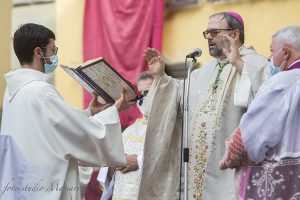 L'Arcivescovo di Lucca, mons. Paolo Giulietti (Foto Massari)