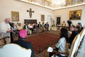 """Papa Francesco riceve in udienza un gruppo di esperti che collaborano con la Conferenza dei Vescovi di Francia sul tema della """"Laudato Si"""""""