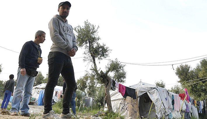 """Il card. Hollerich: """"apriamo le porte ai profughi di Moira"""""""