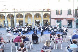 Una fase del concerto, con la presentazione dei brani da parte di Gianni Beschizza