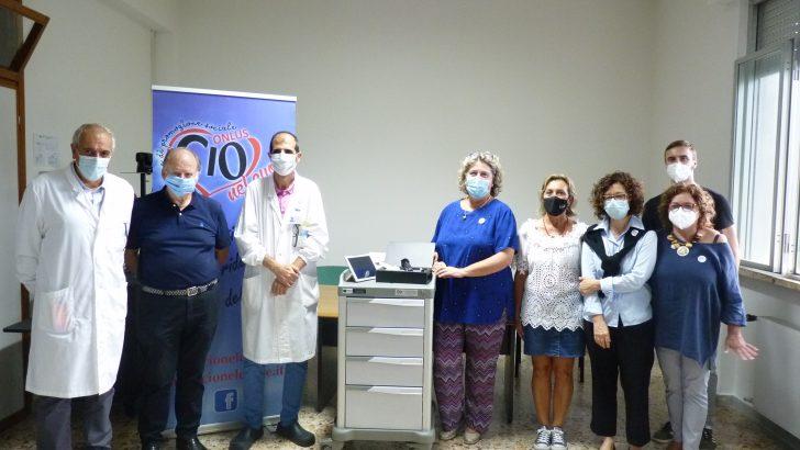 Un apparecchio per le diagnosi regalato all'ospedale di Pontremoli