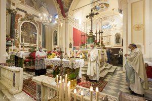 Mons. Silvani presiede la celebrazione della chiesa parrocchiale di Virgoletta