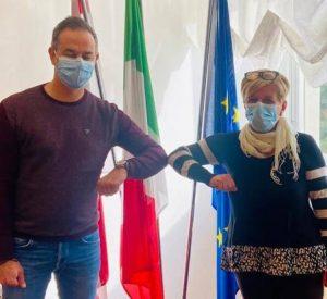 Il sindaco Gianluigi Giannetti con la neo assessora Giovanna Gia