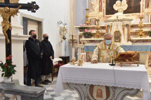 Don Pietro Pratolongo celebra la S. Messa in onore della Madonna di San Luca