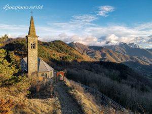 Una suggestiva immagine realizzata da Federico Palermitano con il panorama dal passo della Cisa.