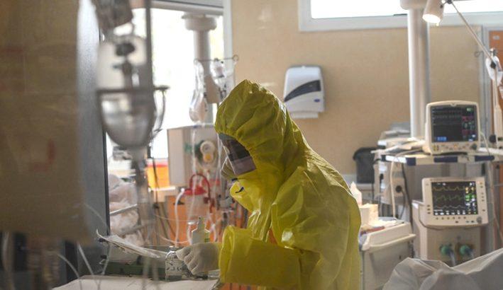 Temiamo ancora il virus e facciamo il tifo per il vaccino