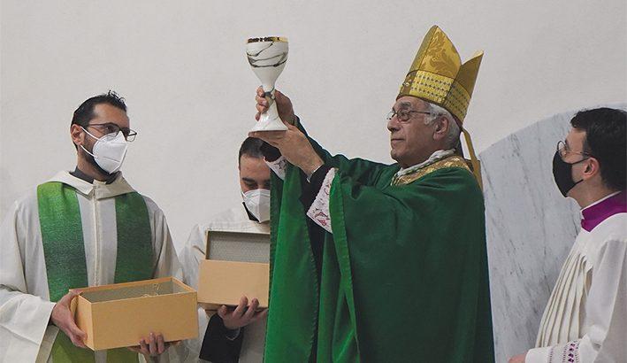 L'abbraccio della diocesi al vescovo Giovanni