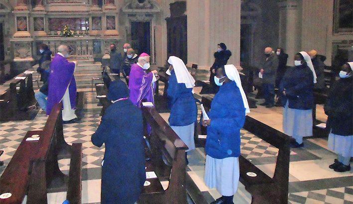 """Mons.Ambrosio: """"Momento favorevole per accogliere la grazia di Dio"""""""