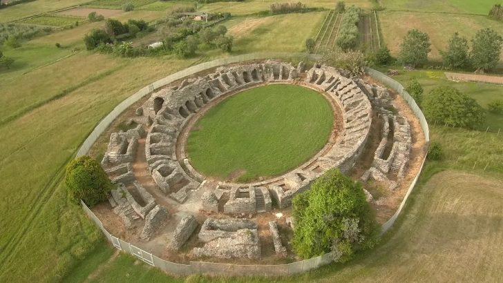 L'area archeologica di Luni tra la complessità della storia e la sfida del rilancio futuro