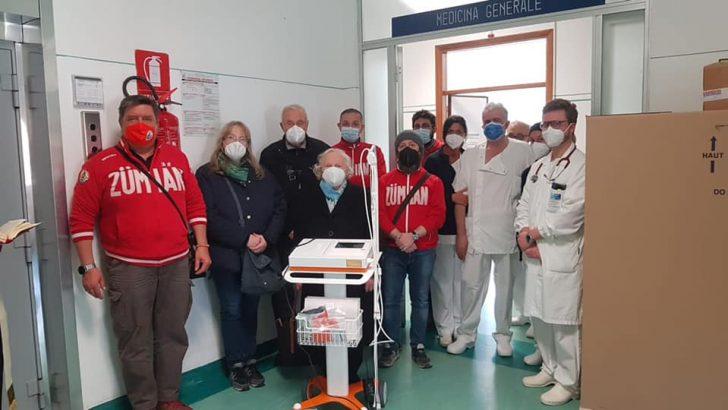 I fuochisti di S.Geminiano donano un ecg nel ricordo di Hubert