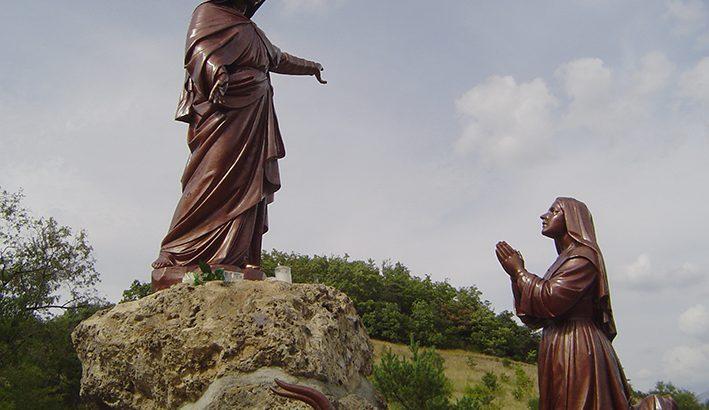 La Madonna di Laus. Le più lunghe apparizioni mariane della storia