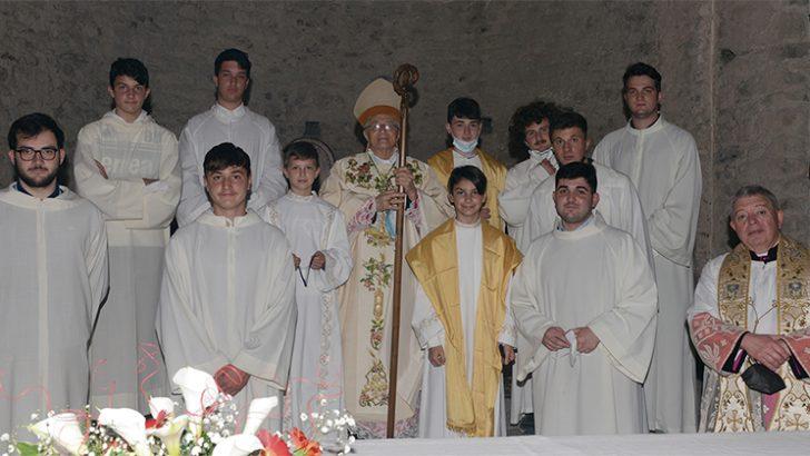Pieve di Sorano: festa per cinque cresimandi