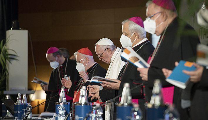 Una Chiesa sinodale vicina alle ferite della società italiana