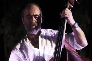 """Marco Micheli bassista del gruppo """"Emanuele Cisi quartet"""""""