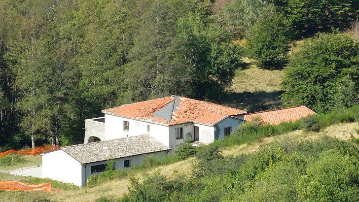 """Filattiera: urgente togliere dall'abbandono il """"rifugio"""" di Logarghena"""