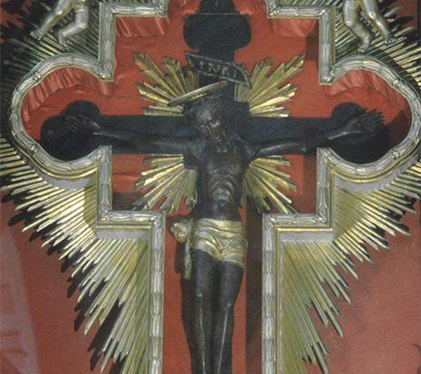 Il Cristo Nero in San Nicolò: storia di una devozione amata